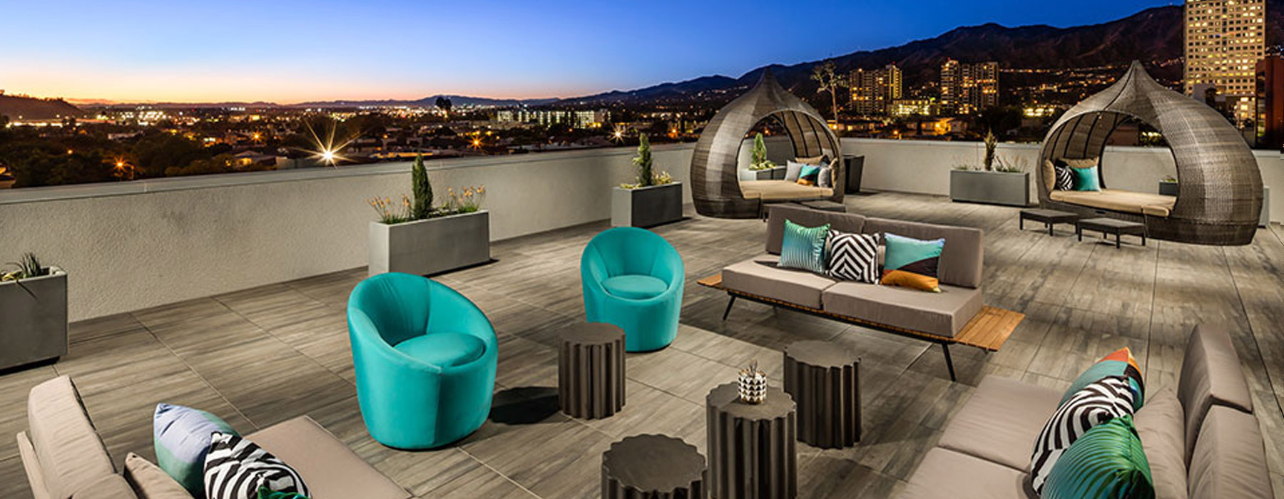 Explore Like a Traveler: Secluded Outdoor Lounge and Sky Decks